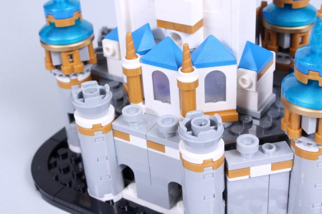 LEGO Disney 40478 Mini Disney Castle review 16