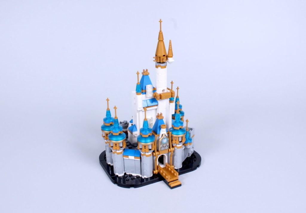 LEGO Disney 40478 Mini Disney Castle review 4