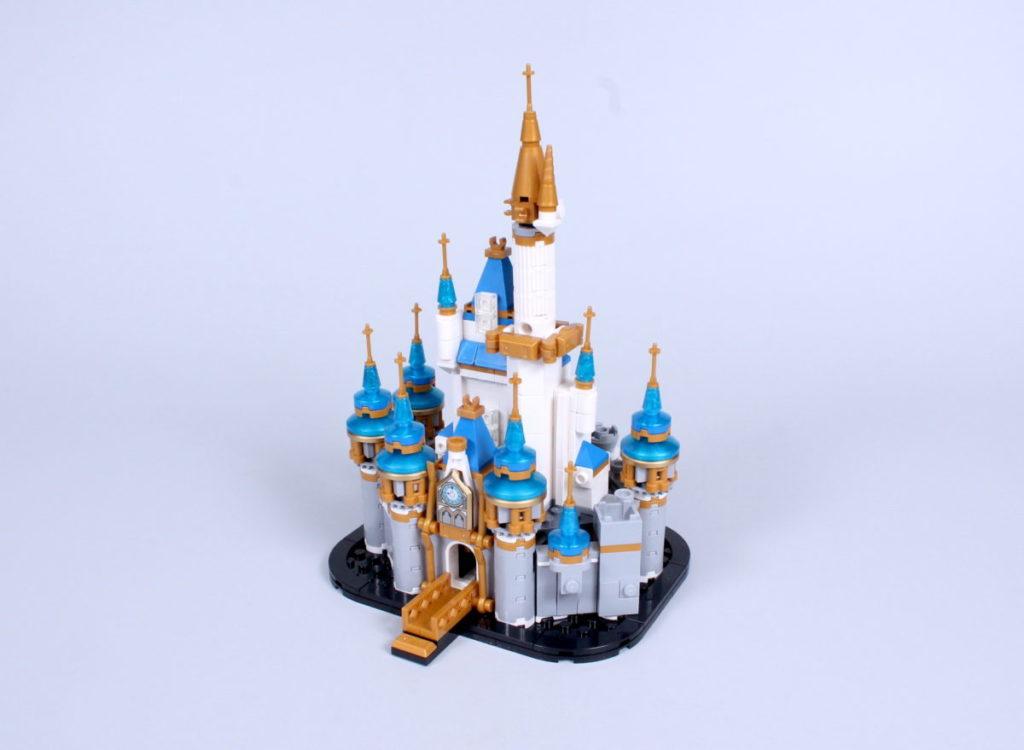 LEGO Disney 40478 Mini Disney Castle review 5