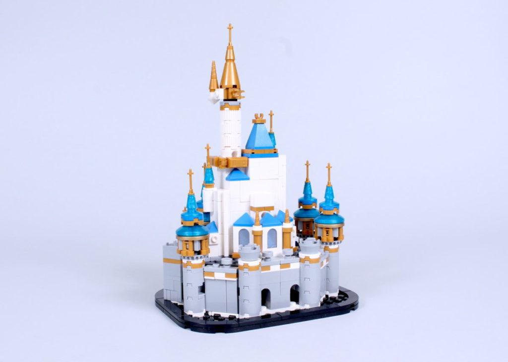 LEGO Disney 40478 Mini Disney Castle review 7