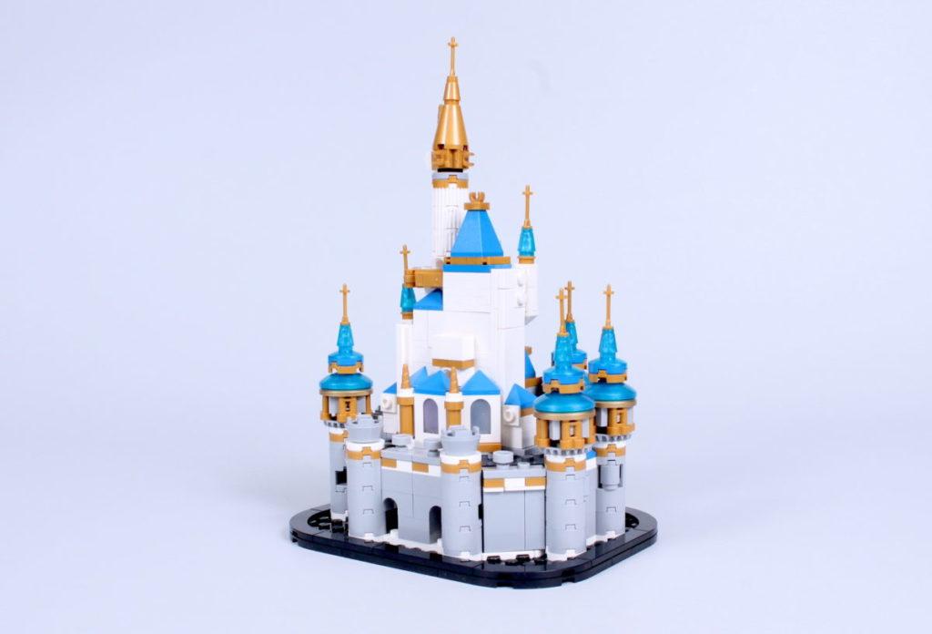 LEGO Disney 40478 Mini Disney Castle review 9