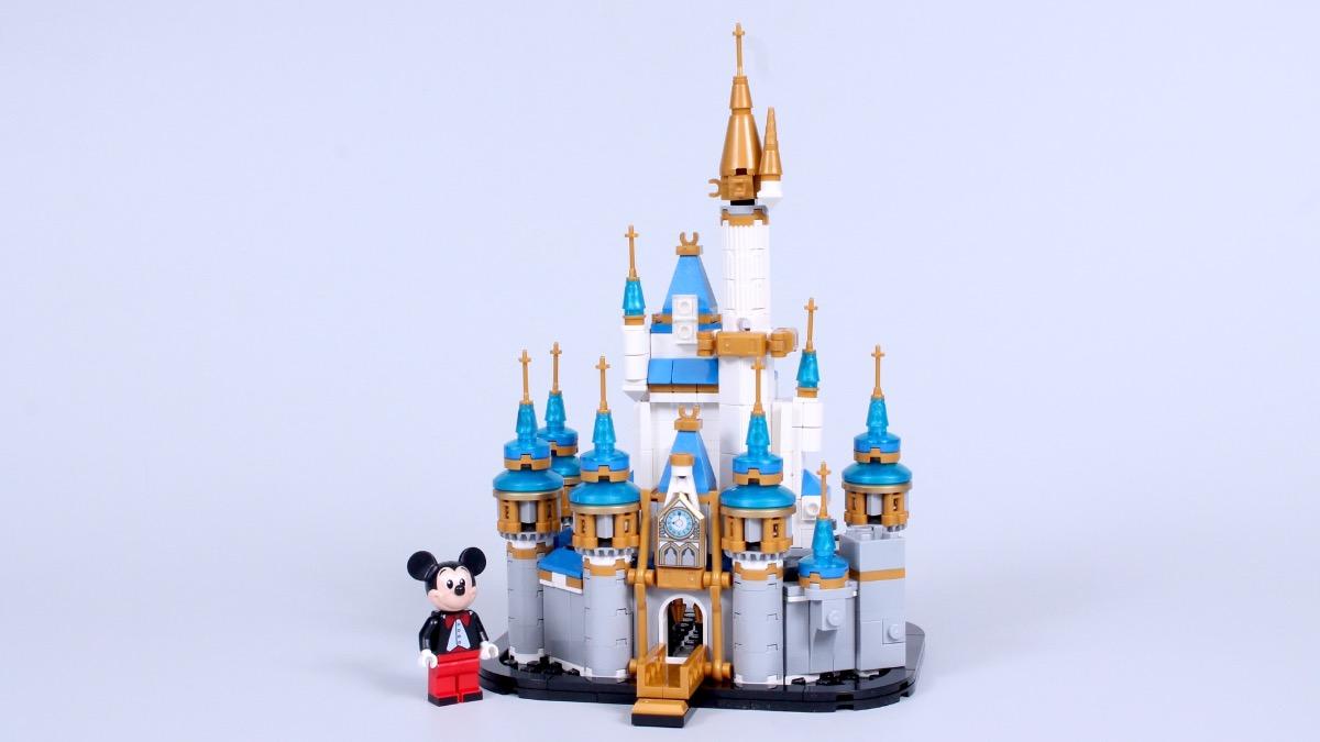 LEGO Disney 40478 Mini Disney Castle Review Featured