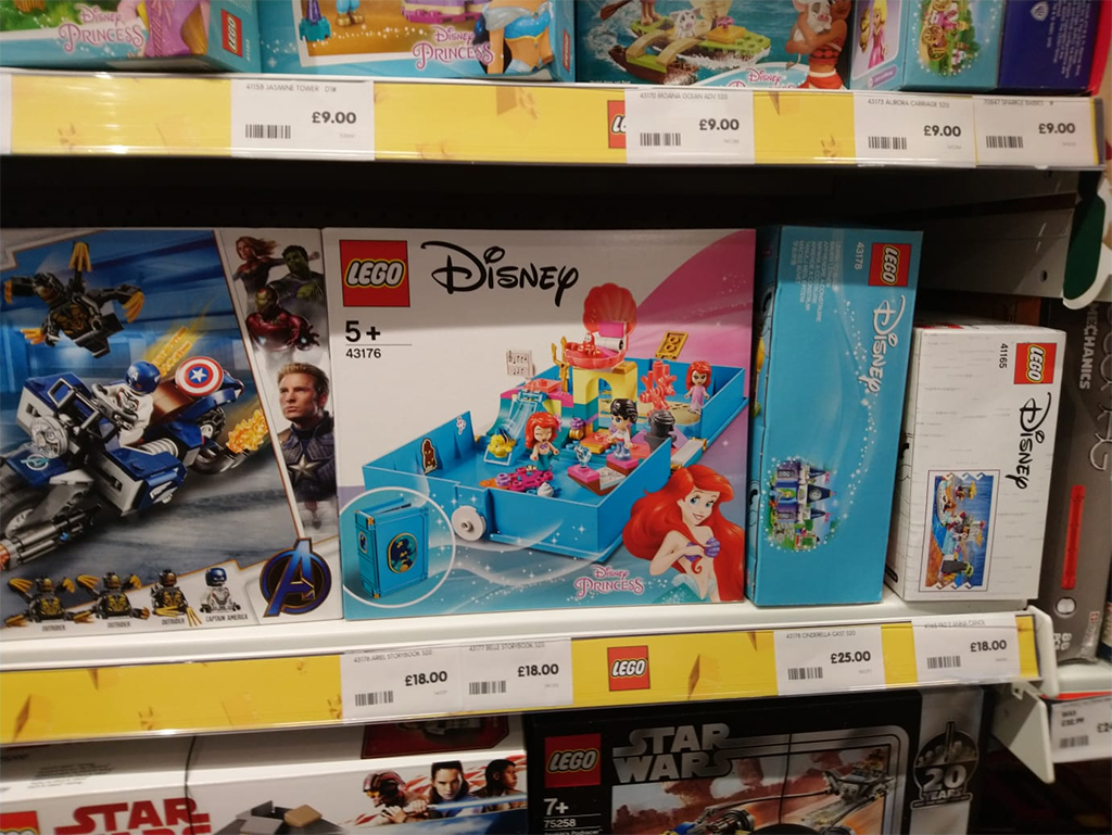 LEGO Disney 41376 The Little Mermaid Storybook Adventure Shelf