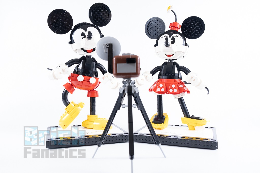 LEGO Disney 43179 Mickey Mouse And Minnie Mouse Buildable Characters 19 1