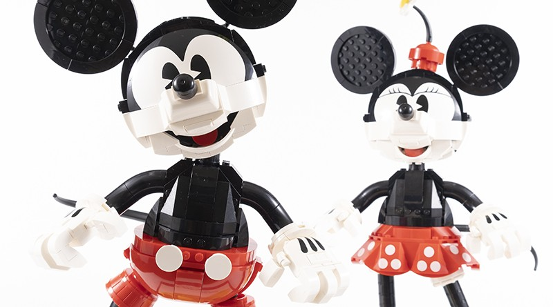 LEGO Disney 43179 Mickey Mouse And Minnie Mouse Buildable Characters Featured 1