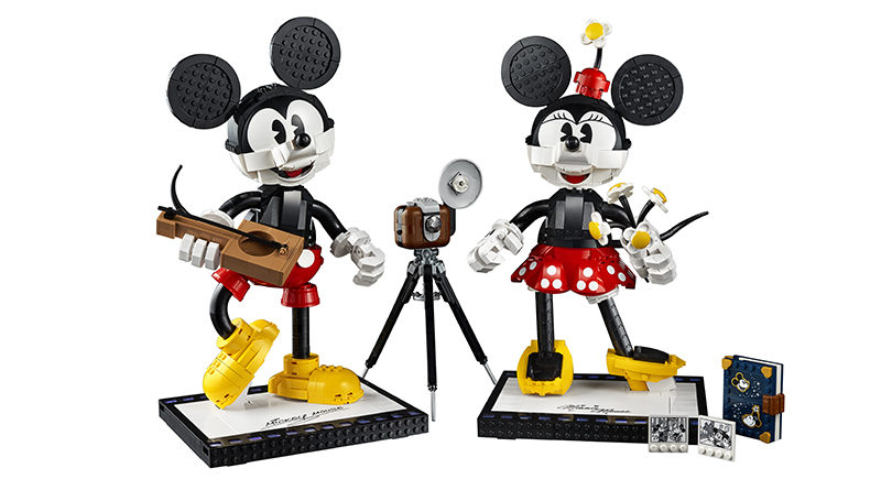 LEGO Disney 43179 Mickey Mouse and Minnie Mouse Buildable Characters featured