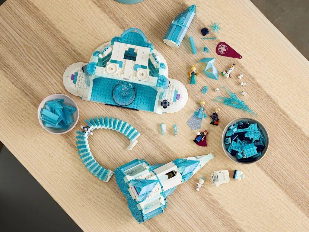 LEGO Disney 43197 The Ice Castle 6