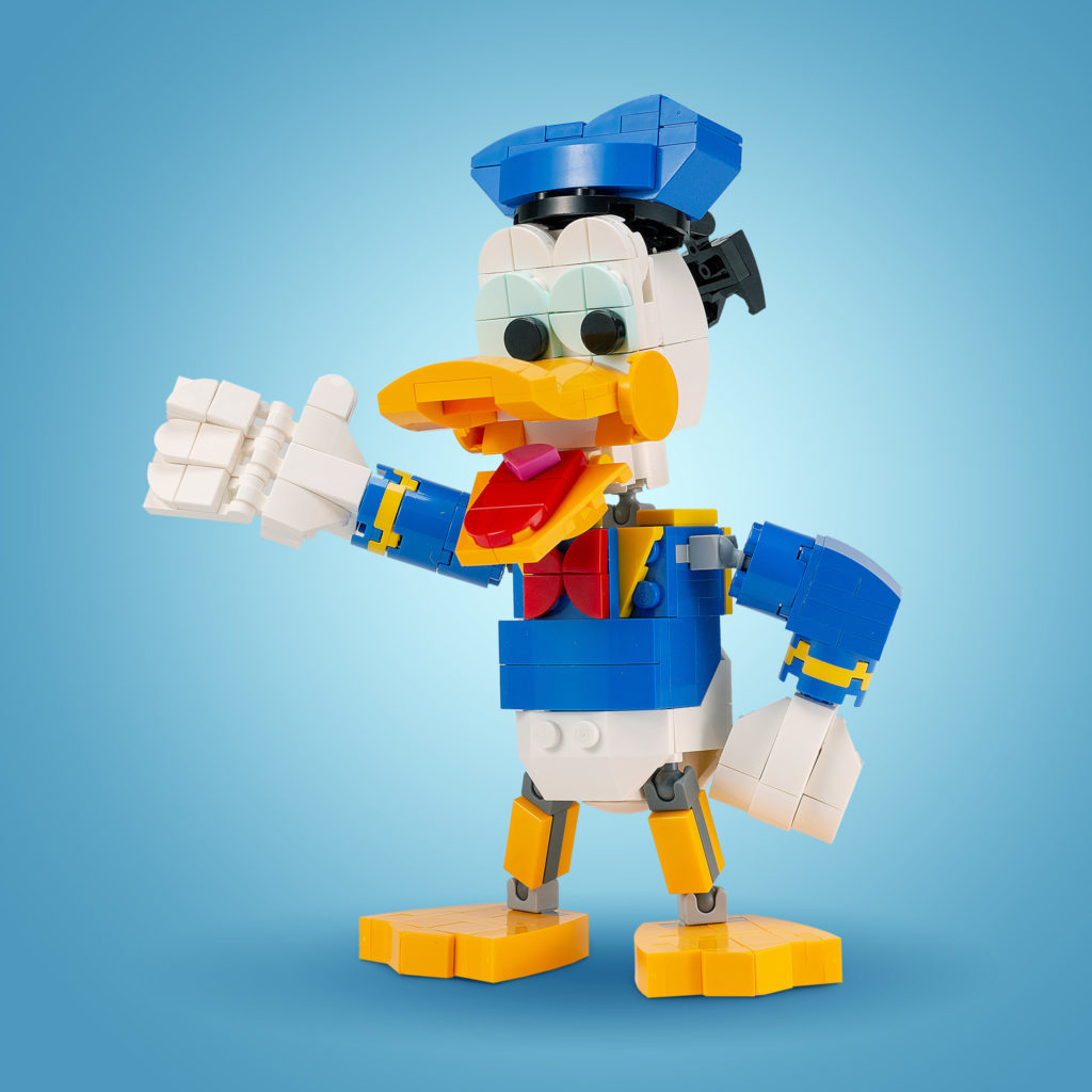 LEGO Donald Duck 1024x1024