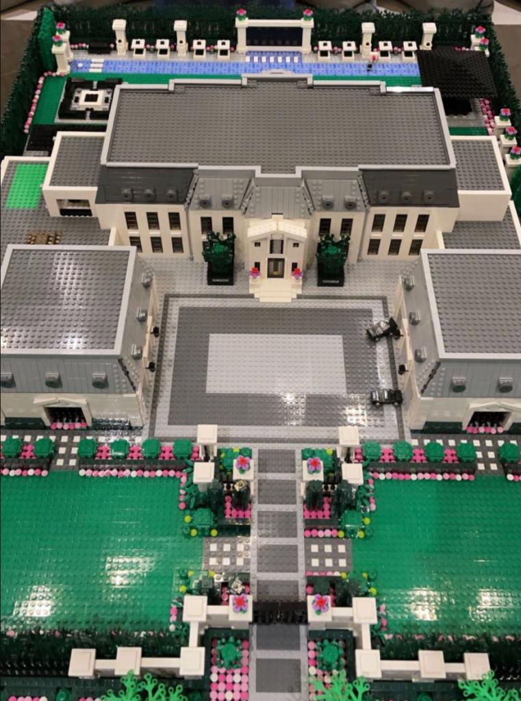 LEGO Drake Mansion Full