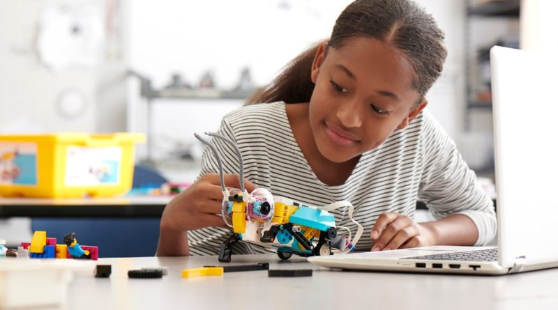 LEGO Education SPIKE Prime lifestyle featured