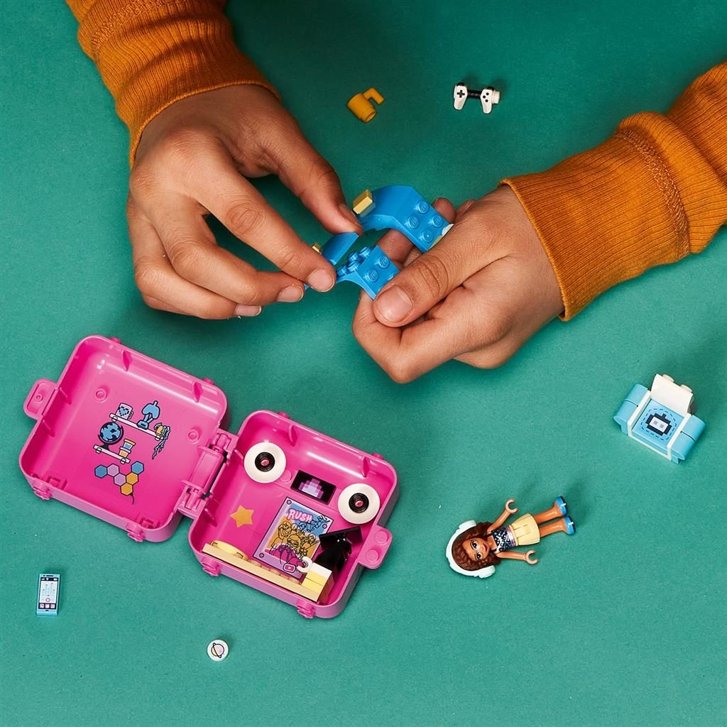 LEGO FRIENDS 41667 OLIVIAS GAMING CUBE 3 1024x1024