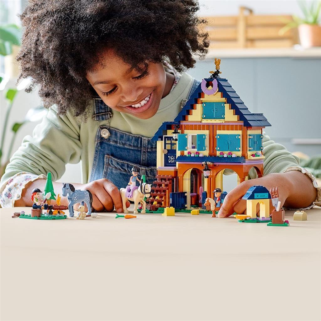 LEGO FRIENDS 41683 FOREST HORSEBACK RIDING CENTER 4 1024x1024
