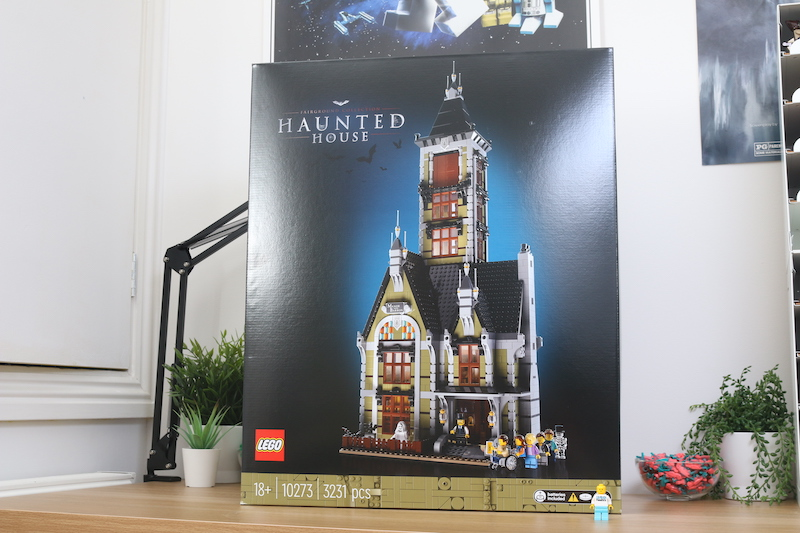 LEGO Fairground Collection 10273 Haunted House Review 1