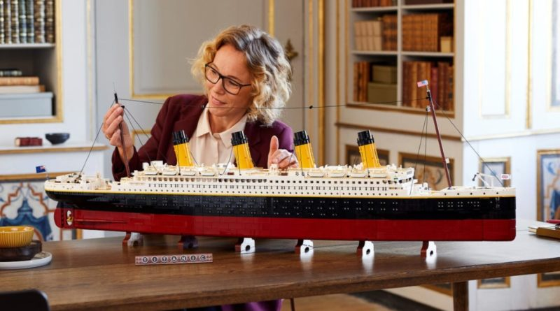 LEGO For Adults 10294 Titanic lifestyle display table featured