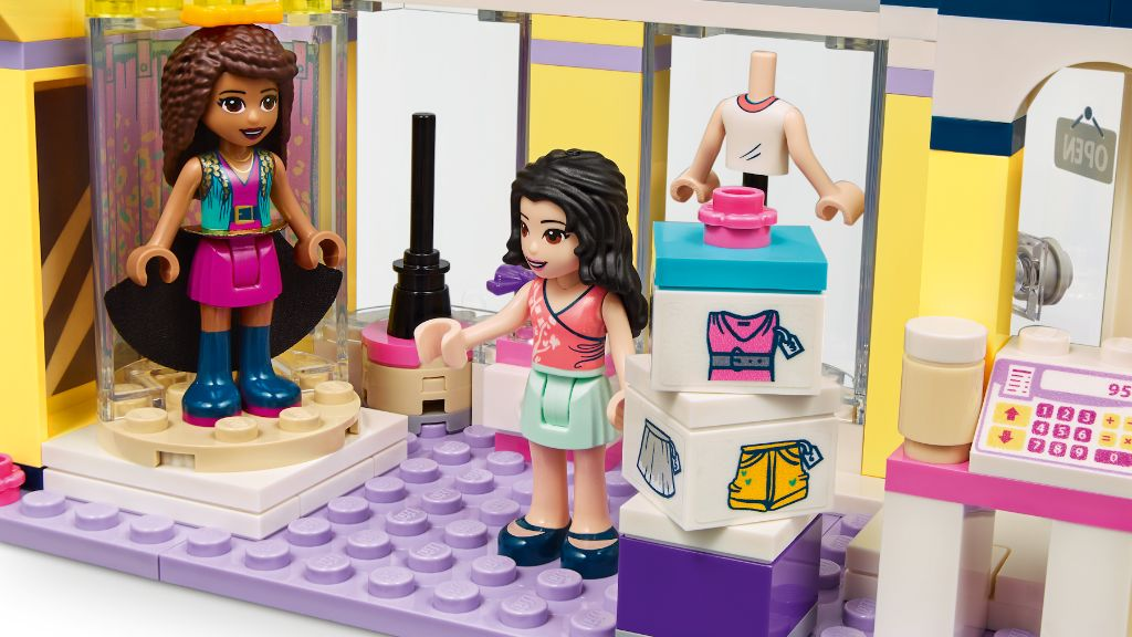LEGO Friends 41427 Emmas Fashion Shop 8