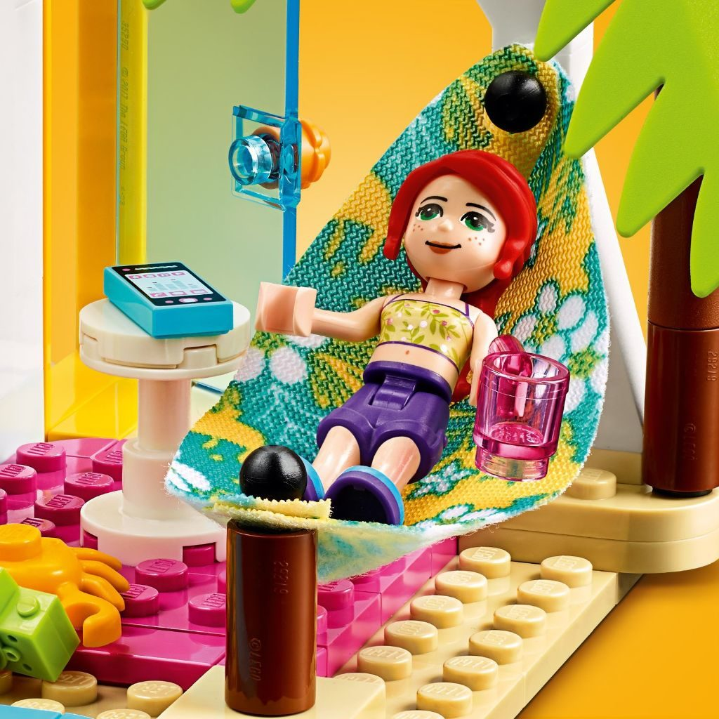 LEGO Friends 41428 Beach House 8 1024x1024