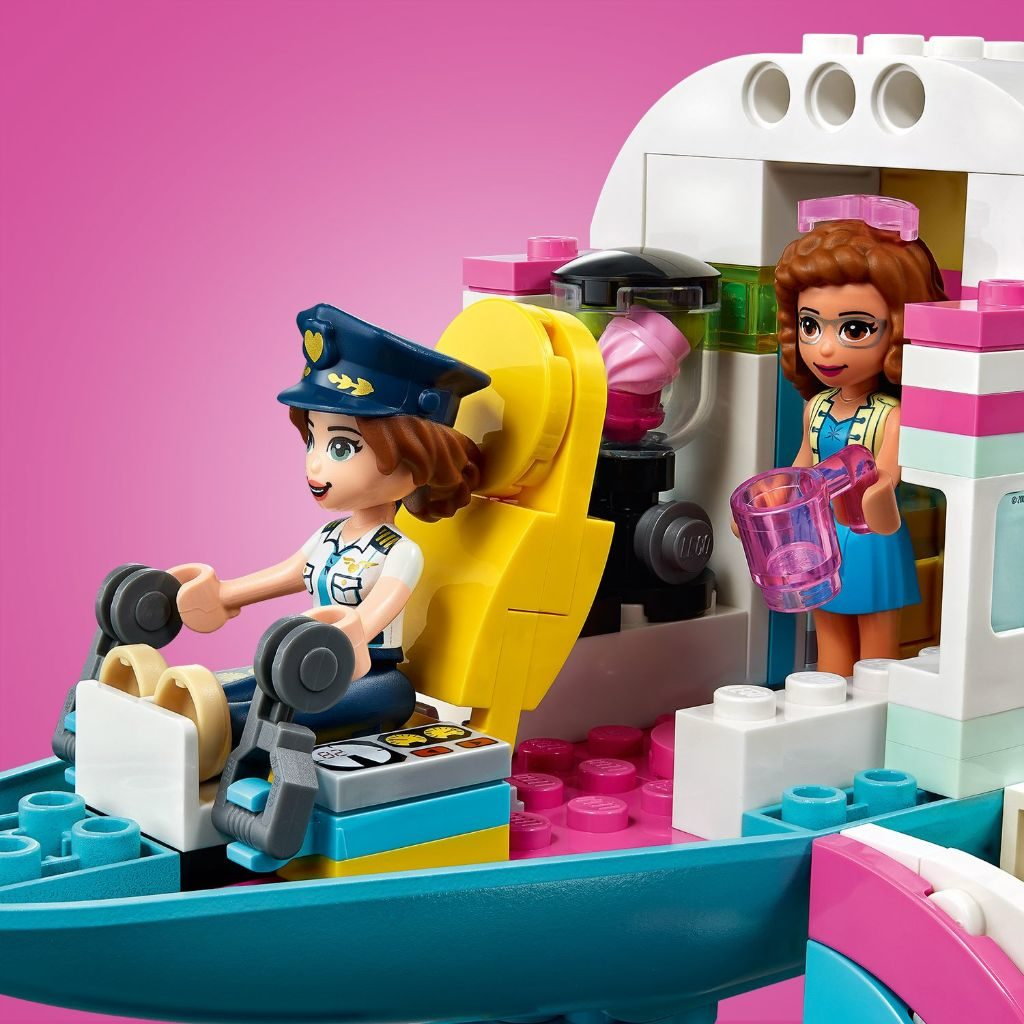 LEGO Friends 41429 Heartlake City Airplane 11 1024x1024