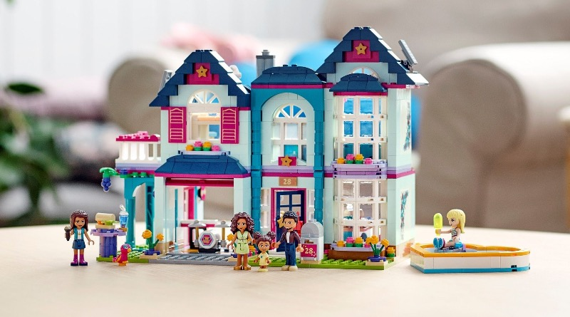 LEGO Friends 41449 Andreas Family House Featured