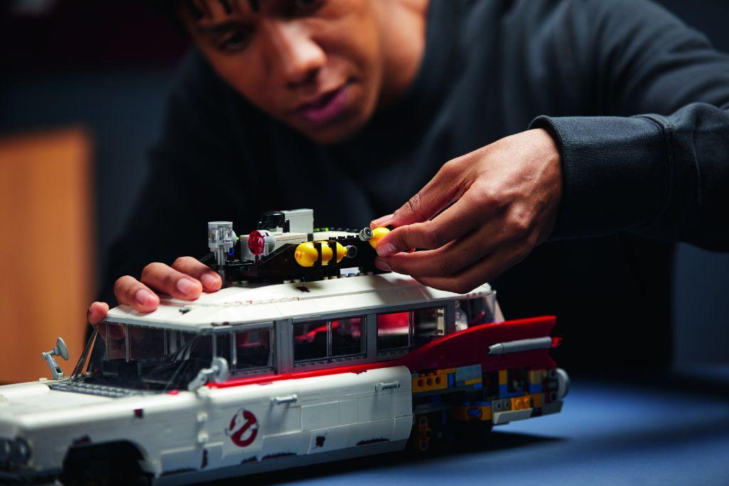 LEGO Ghostbusters 10274 ECTO 1 26