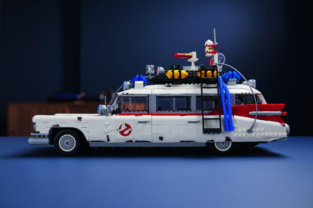LEGO Ghostbusters 10274 ECTO 1 29