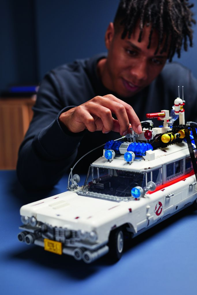 LEGO Ghostbusters 10274 ECTO 1 33