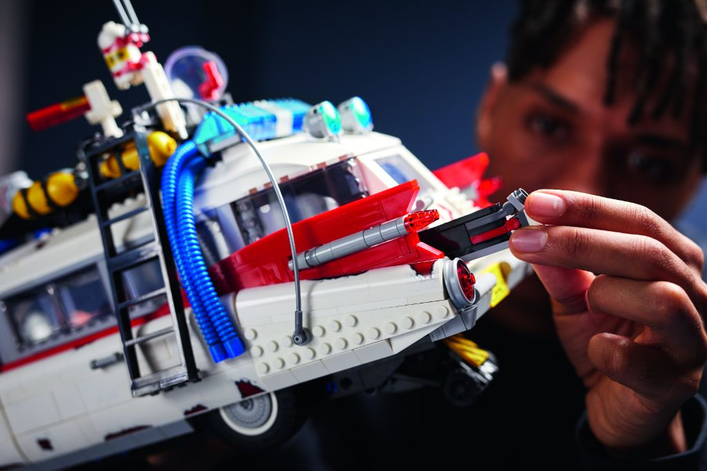 LEGO Ghostbusters 10274 ECTO 1 37
