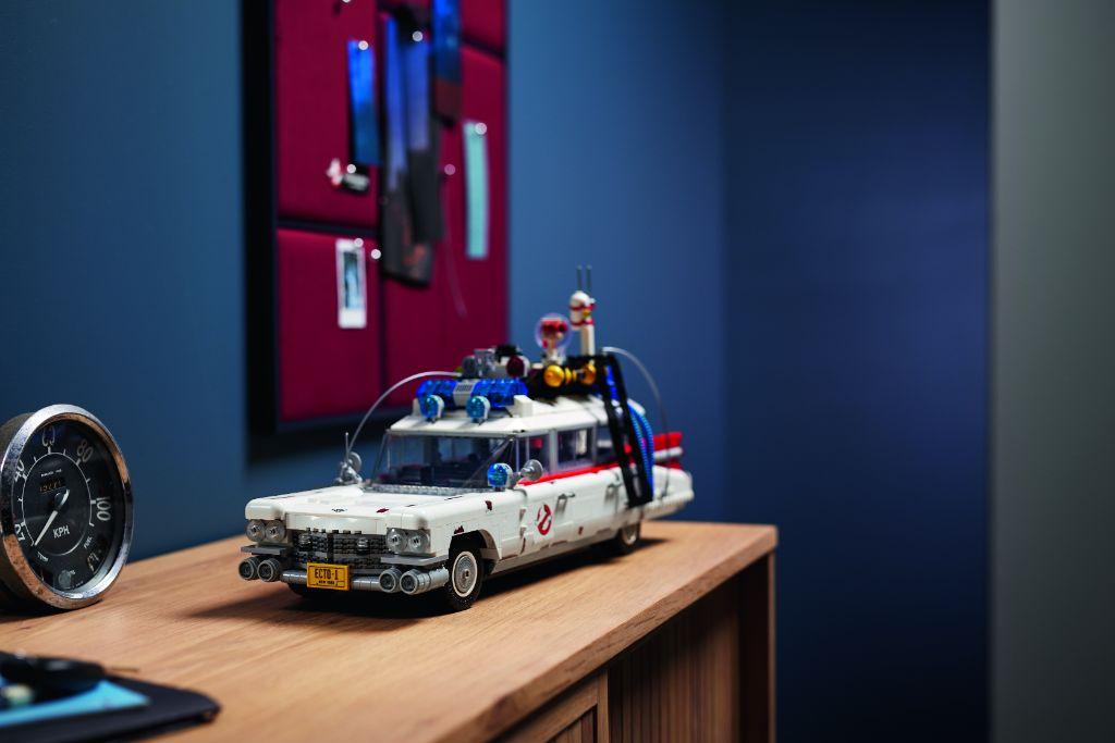 LEGO Ghostbusters 10274 ECTO 1 39