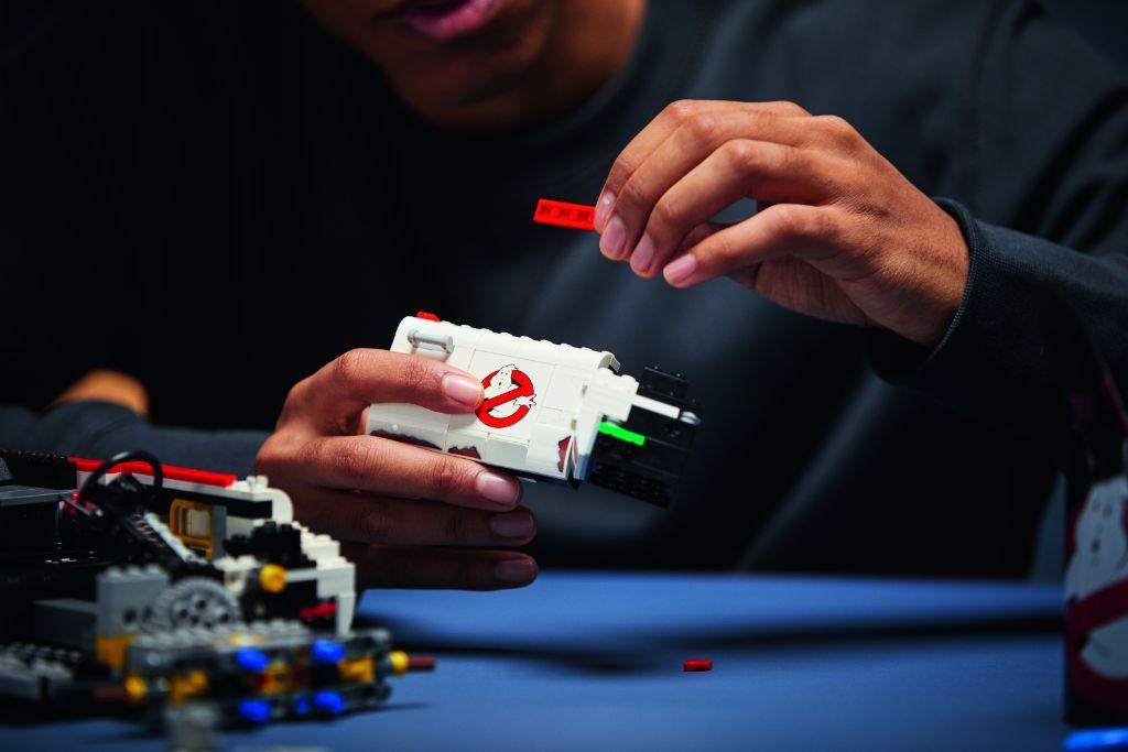 LEGO Ghostbusters 10274 ECTO 1 47