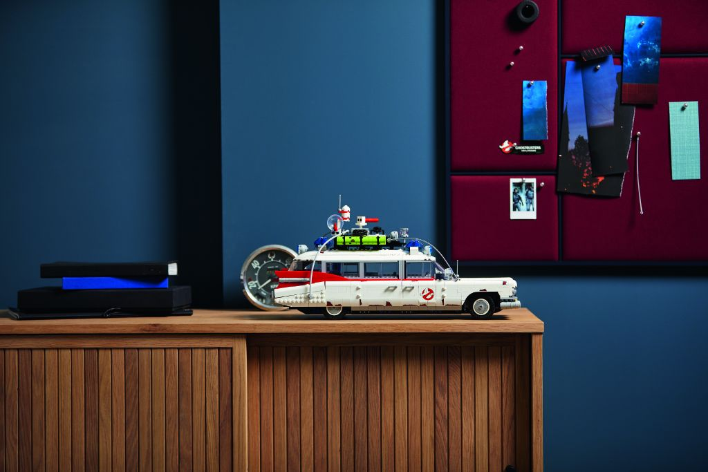 LEGO Ghostbusters 10274 ECTO 1 50