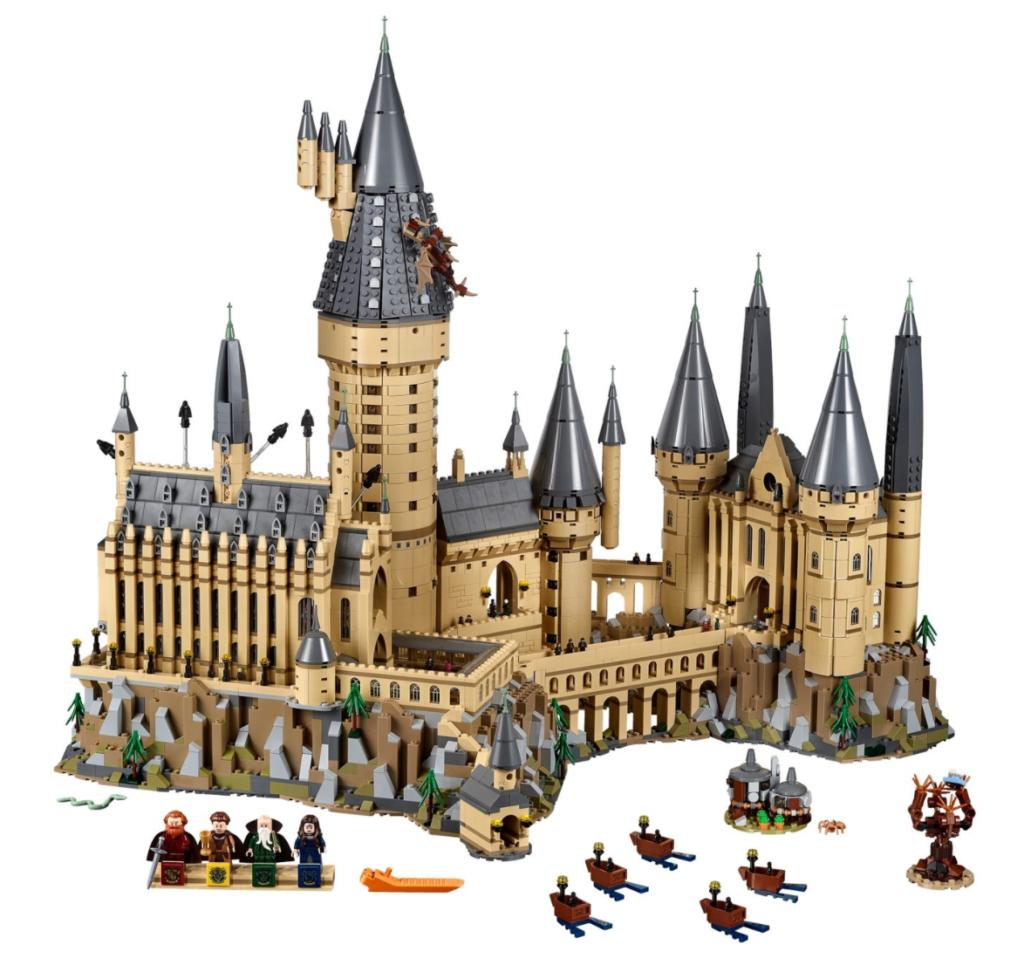 LEGO Harry Potter 71043 Hogwarts Castle contents
