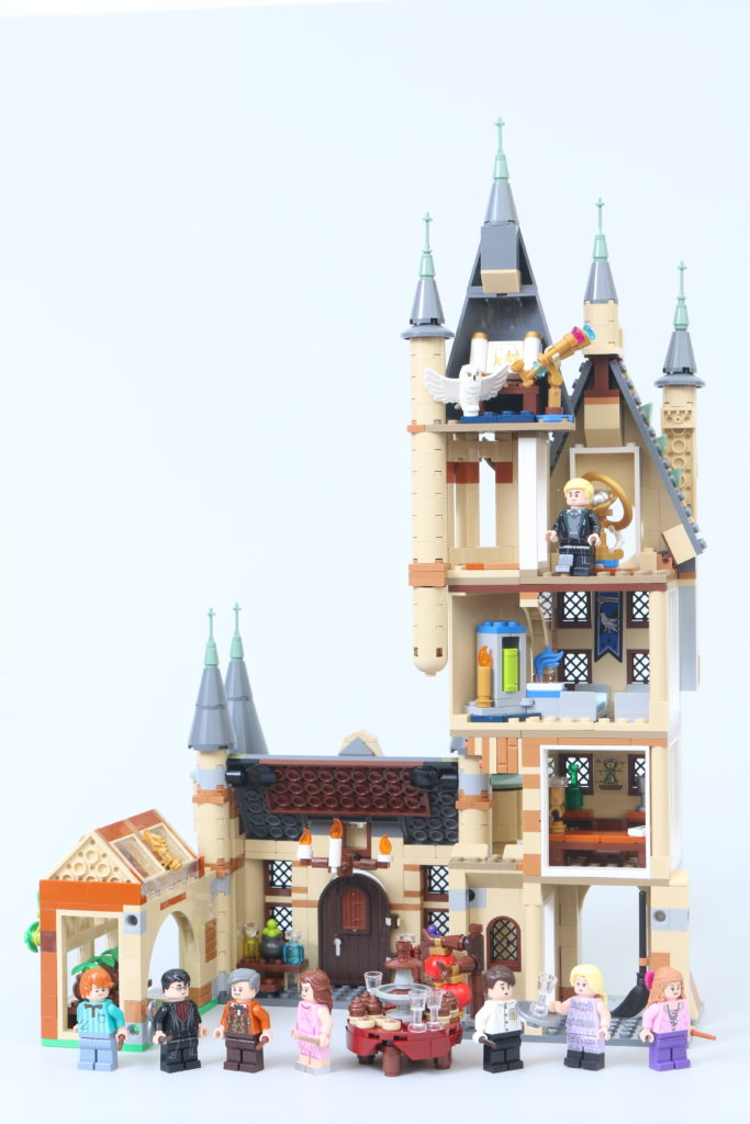 LEGO Harry Potter 75969 Hogwarts Astronomy Tower Review 1