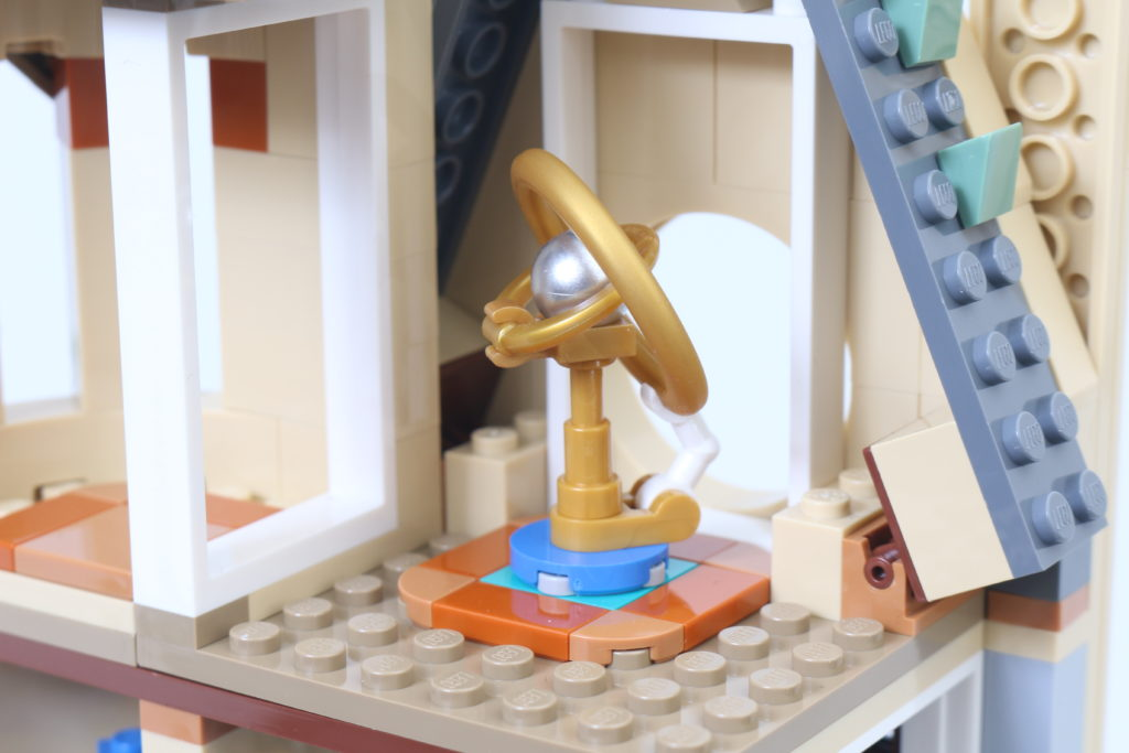 LEGO Harry Potter 75969 Hogwarts Astronomy Tower Review 10