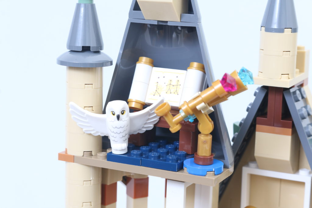 LEGO Harry Potter 75969 Hogwarts Astronomy Tower Review 11