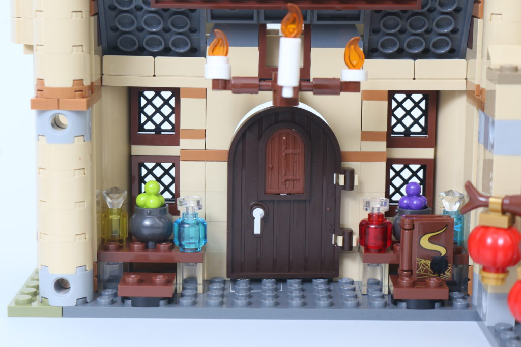 LEGO Harry Potter 75969 Hogwarts Astronomy Tower Review 13