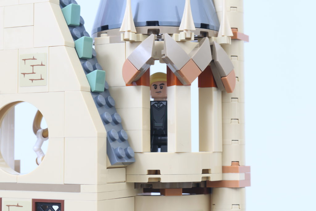 LEGO Harry Potter 75969 Hogwarts Astronomy Tower Review 17