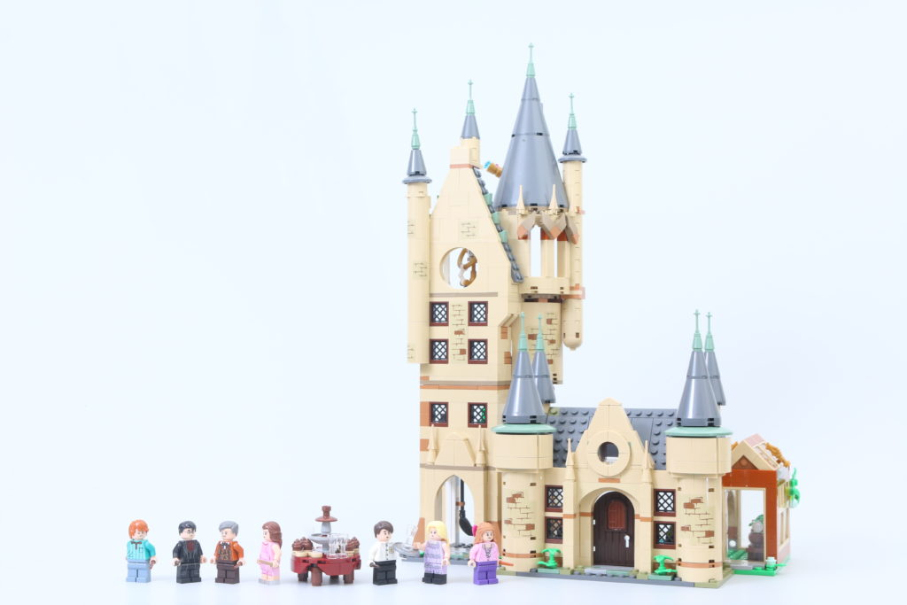 LEGO Harry Potter 75969 Hogwarts Astronomy Tower Review 2