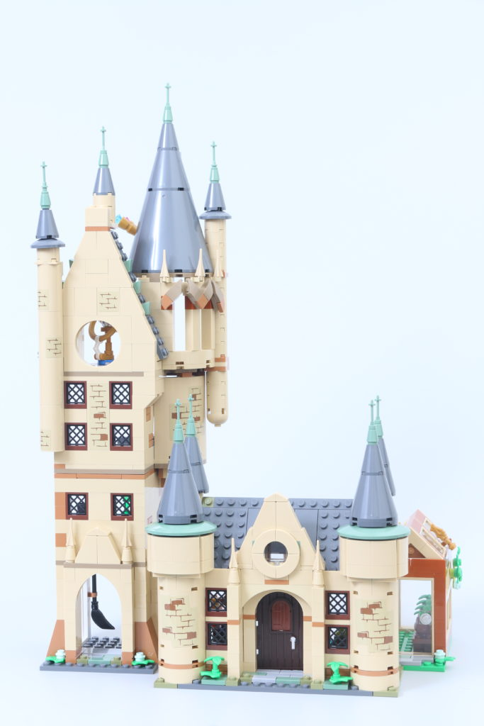 LEGO Harry Potter 75969 Hogwarts Astronomy Tower Review 4