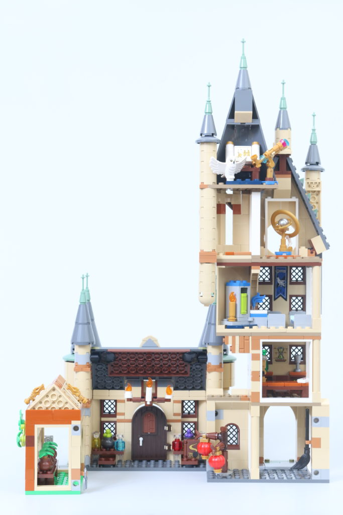 LEGO Harry Potter 75969 Hogwarts Astronomy Tower Review 6