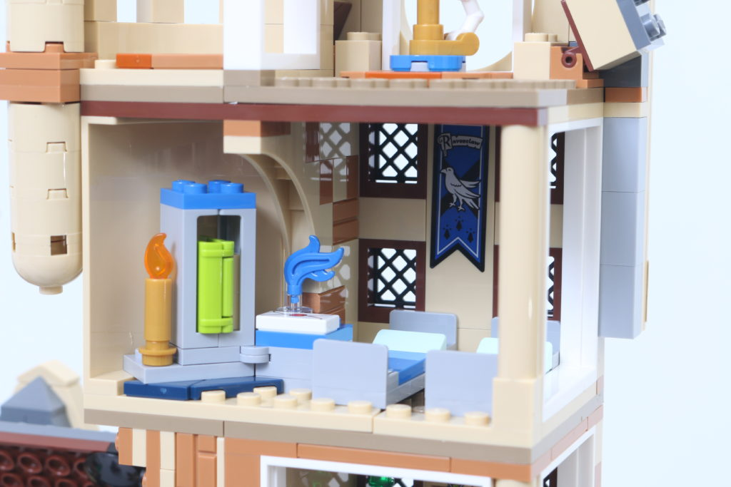 LEGO Harry Potter 75969 Hogwarts Astronomy Tower Review 9