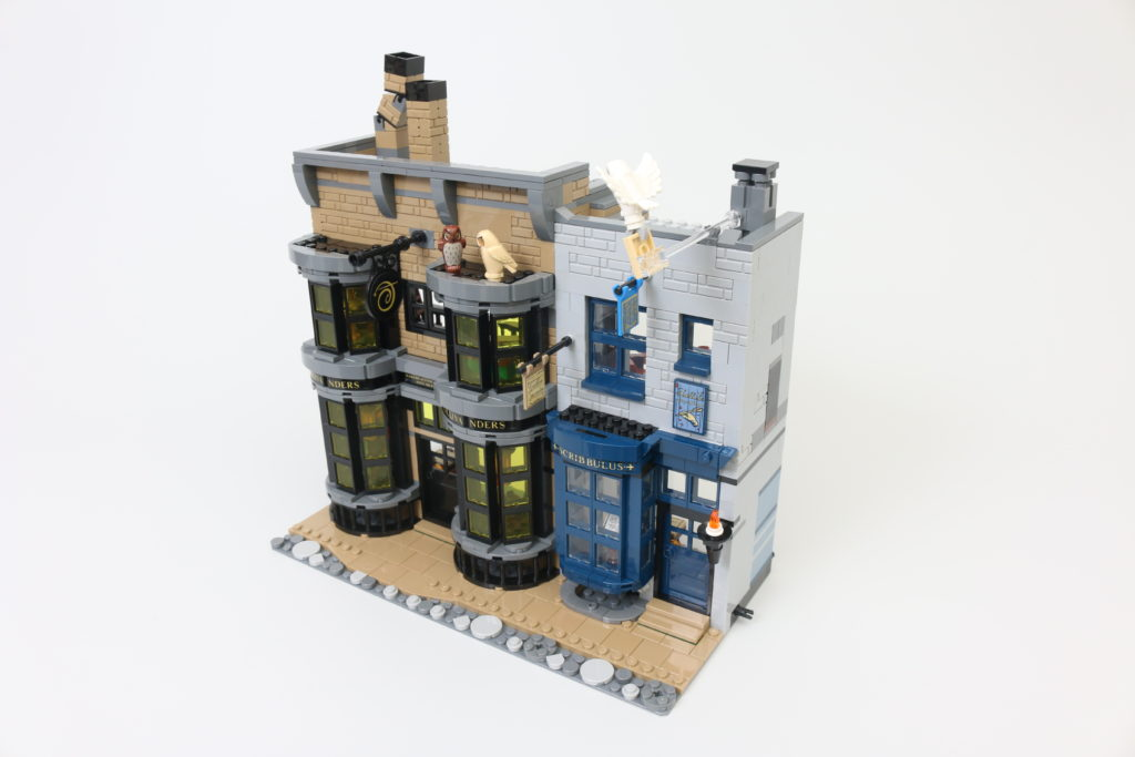 LEGO Harry Potter 75978 Diagon Alley Review 13