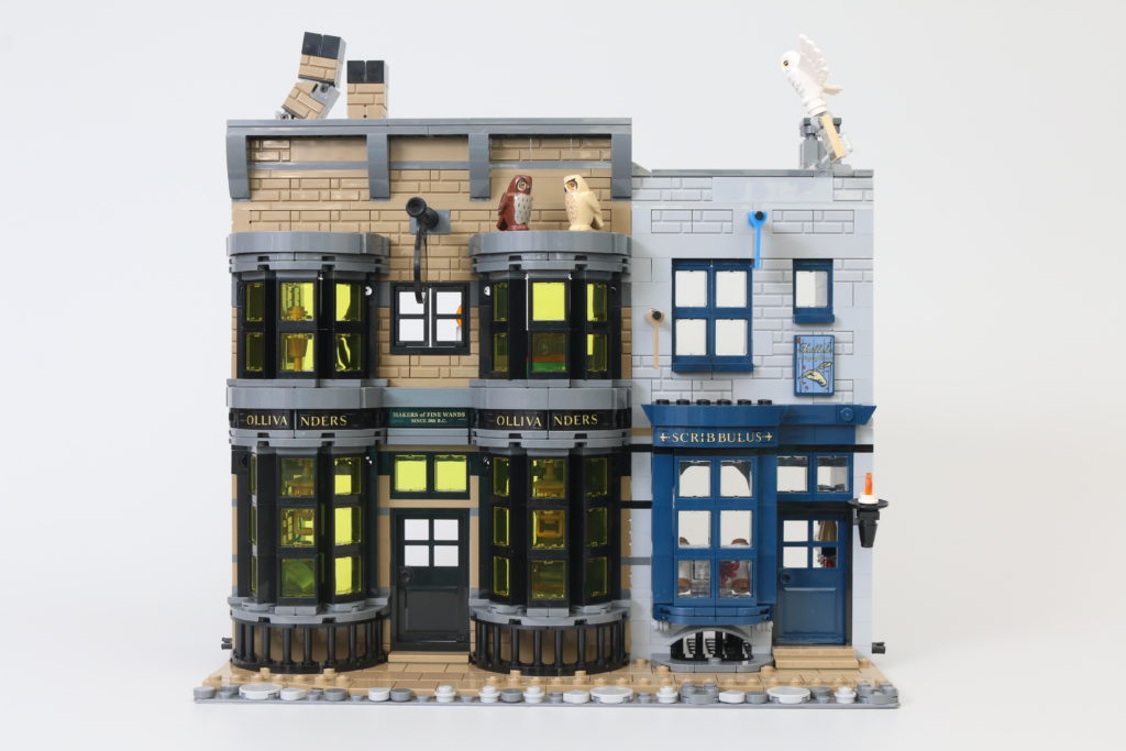 LEGO Harry Potter 75978 Diagon Alley Review 23