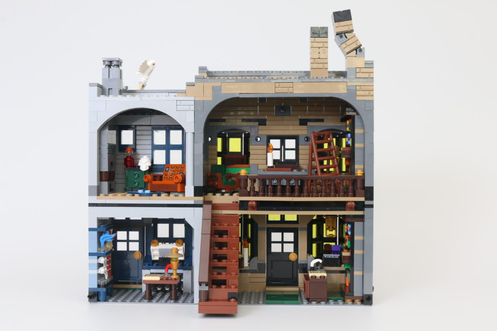 LEGO Harry Potter 75978 Diagon Alley Review 24