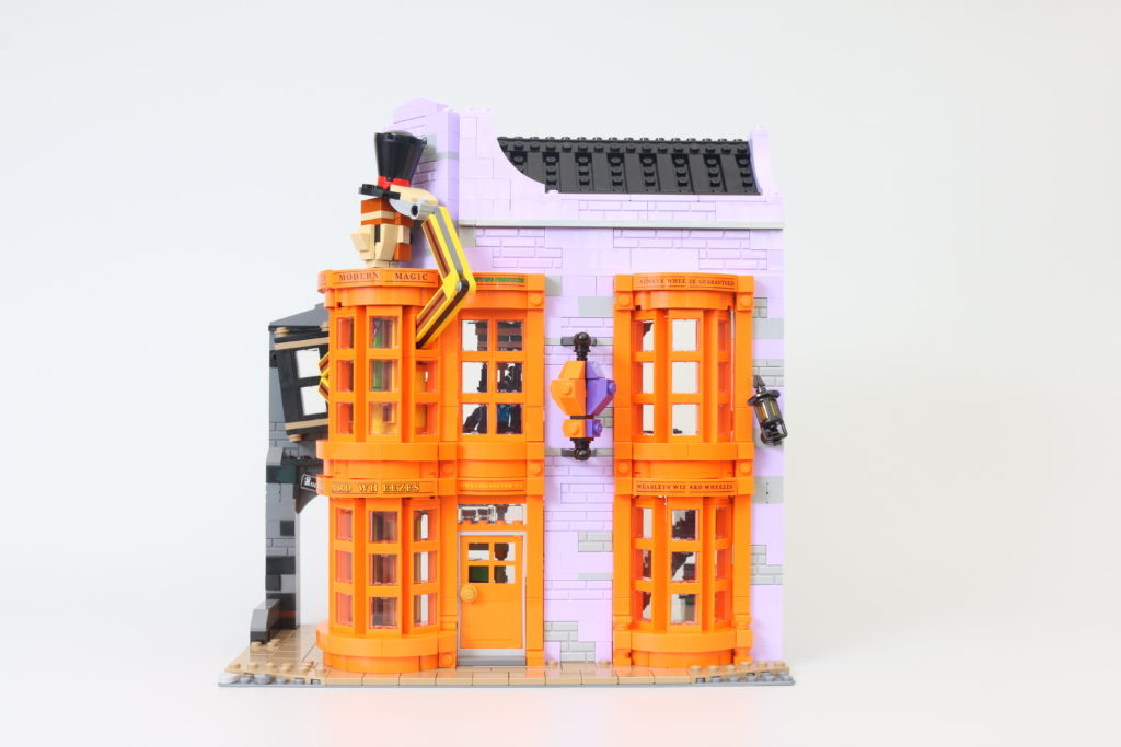 LEGO Harry Potter 75978 Diagon Alley Review 27a