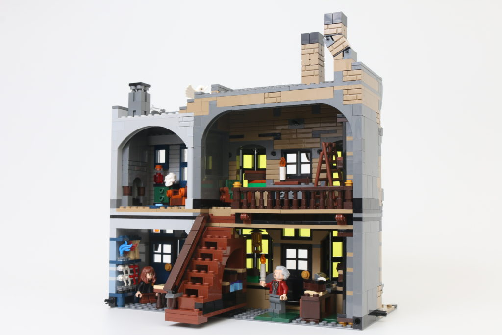 LEGO Harry Potter 75978 Diagon Alley Review 78
