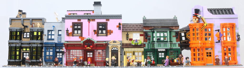 LEGO Harry Potter 75978 Diagon Alley Review 96