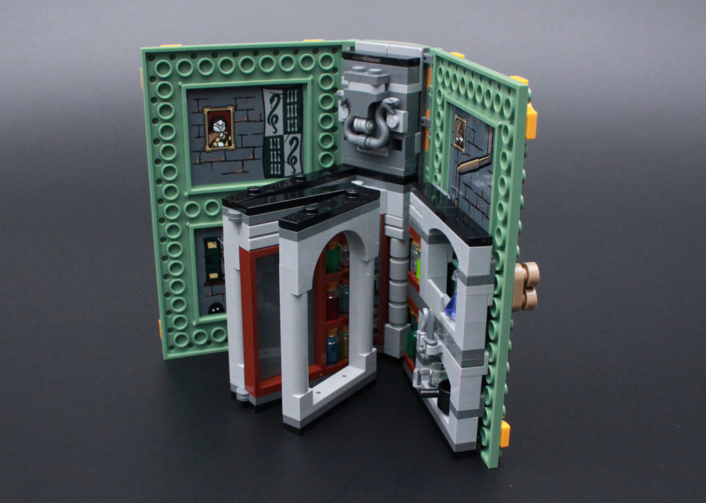 LEGO Harry Potter 76383 Potions Class Review 7