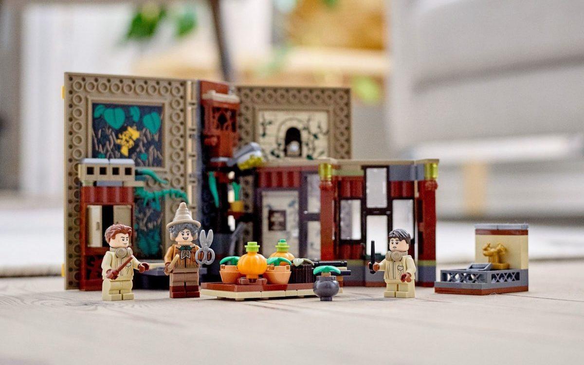 LEGO Harry Potter 76384 Hogwarts Moment Herbology Class edited