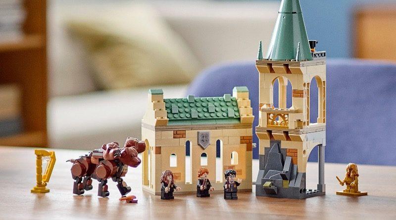 LEGO Harry Potter 76387 Hogwarts Fluffy Encounter featured 1