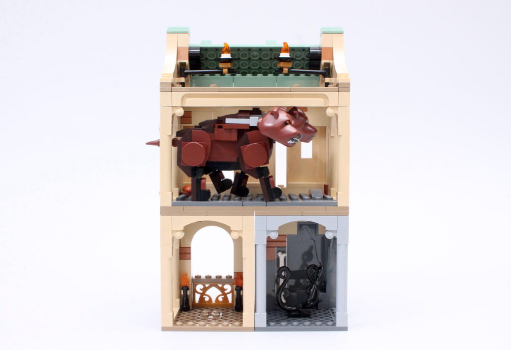 LEGO Harry Potter 76387 Hogwarts Fluffy Encounter review 11