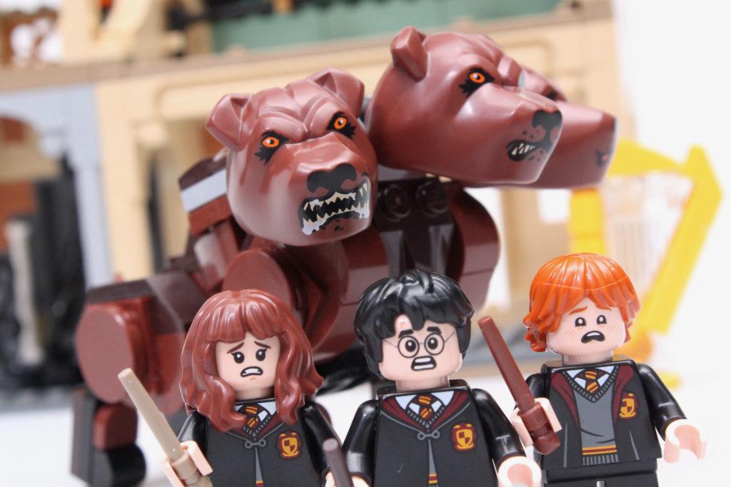 LEGO Harry Potter 76387 Hogwarts Fluffy Encounter review 29